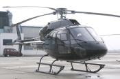 čelný šikmý pohled na skutečný vrtulník