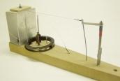 vybavení pracoviště  pro zaplétání  konců řídících lanek