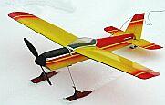 detail paneláže křídla