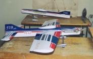 Na třetím PCLS jsem upustil  od  uspořádaní: motor  ,křídlo a VOP v  jedné ose .VOP jsem již nadsadil nad osu křídla.