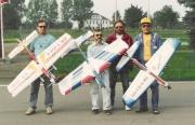 Reprezentanti v kategorii F2B  r.1994. Zleva: Jirka Vejmola,já,Radek Dobrovolný a Ivan Čáni.